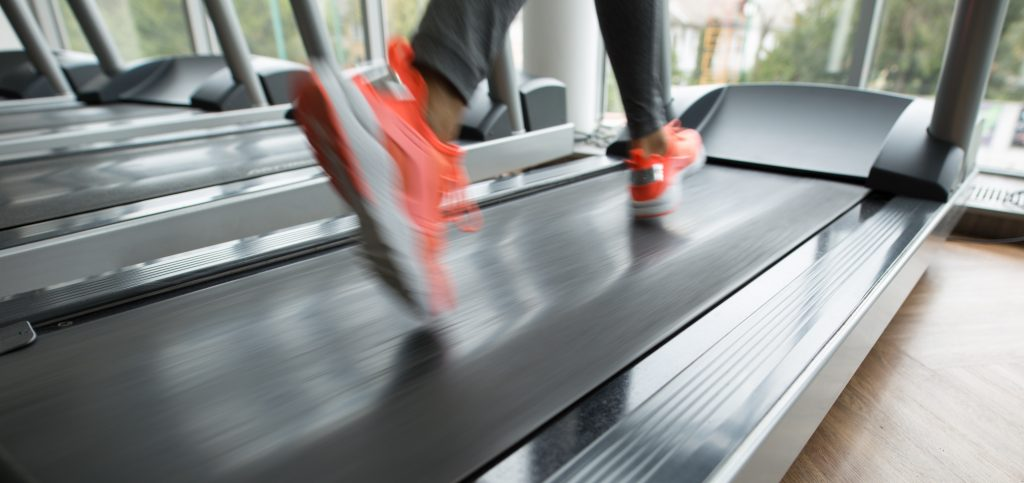 Bieganie na bieżni dla początkujących